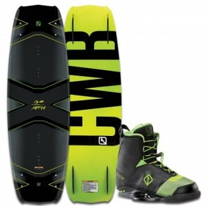 PACHET WAKEBOARD CWB 2016 FACTION 138 WAKEBOARD + FACTION BOOTS