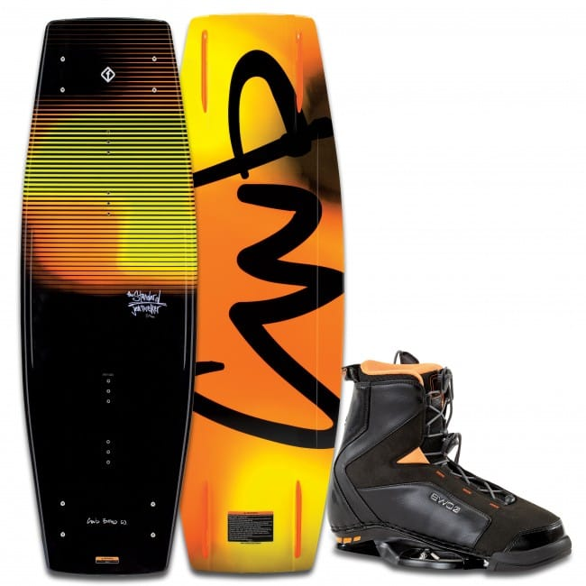 PACHET WAKEBOARD CWB 2016 STANDARD 143 WAKEBOARD + JT BOOTS