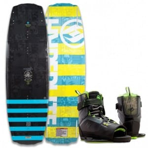 PACHET WAKEBOARD HYPERLITE 2016 FRANCHISE 128 JR WAKEBOARD + FOCUS US 4-8 BOOTS